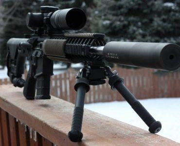 Pratiquer l'airsoft avec une mitraillette principale